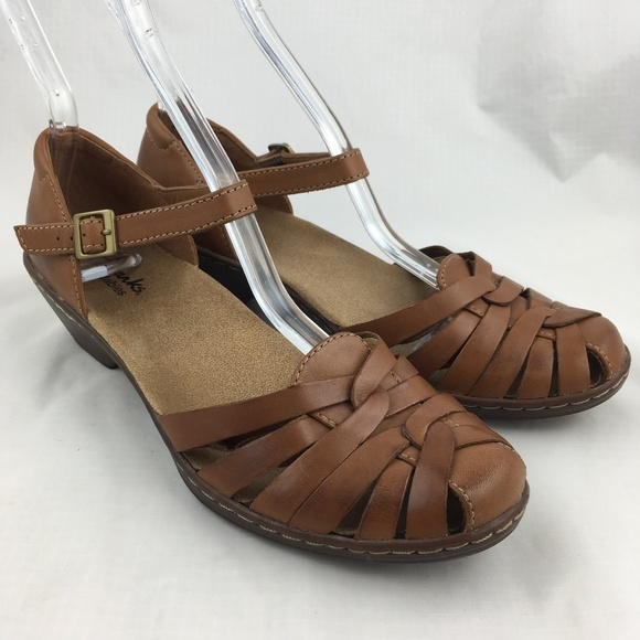 fc310655704 Clarks Shoes - Clarks sandals brown tan leather woven comfortable